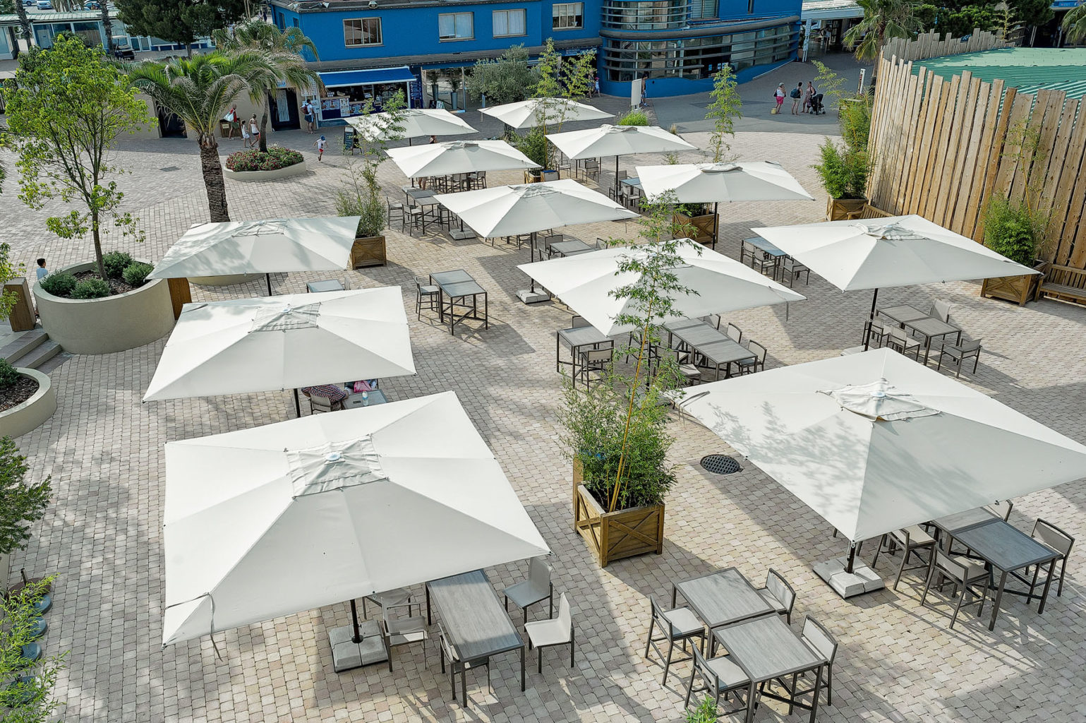 Poggesi Center Post Restaurant Umbrellas - Jok Collection